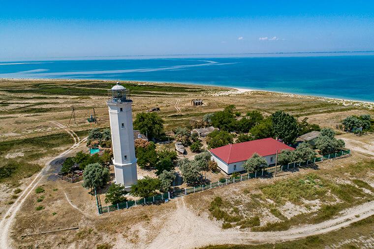 Lighthouse on Byriuchyi Island