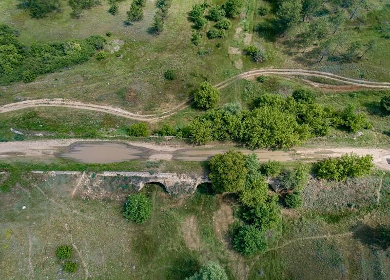 Виадук в селе