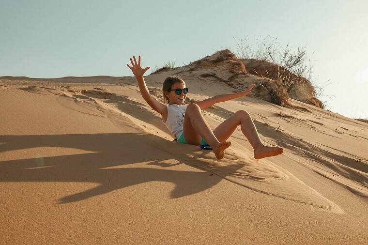Катание по песку