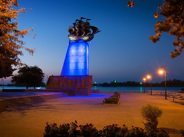 The monument of shipbuilders