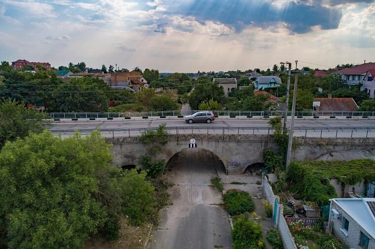 Мост в центре города