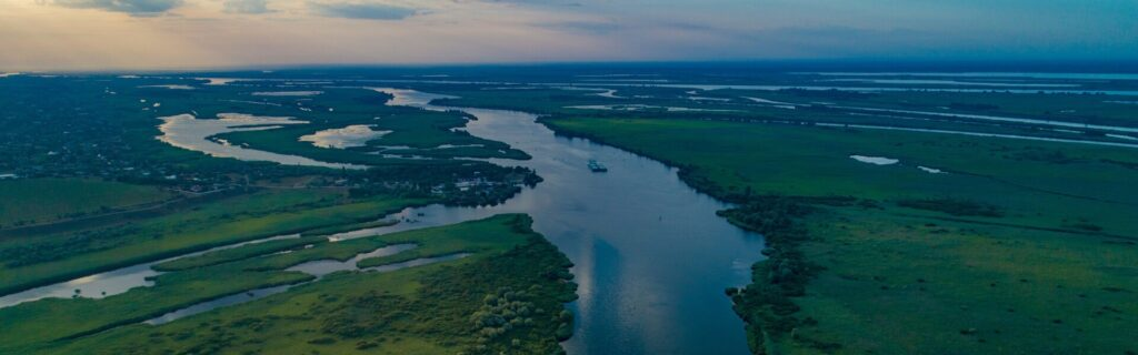 Where to have a Vacation on the Dnieper River in Kherson Region