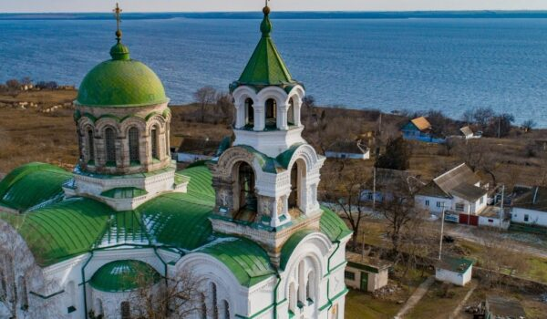 The Church of the Intercession of the Virgin Mary in Kachkarovka Village: description, history, photos